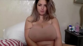 #4 bbw with great tits. Love her chunky body