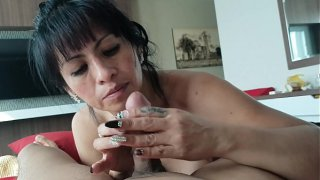 Mature girlfriend sucks cock of her young boyfriend