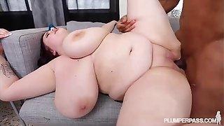 Huge Tit Porn Teen Babe Peyton Thomas